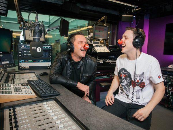 Scott and Chris' LOLathon raises over £250,000